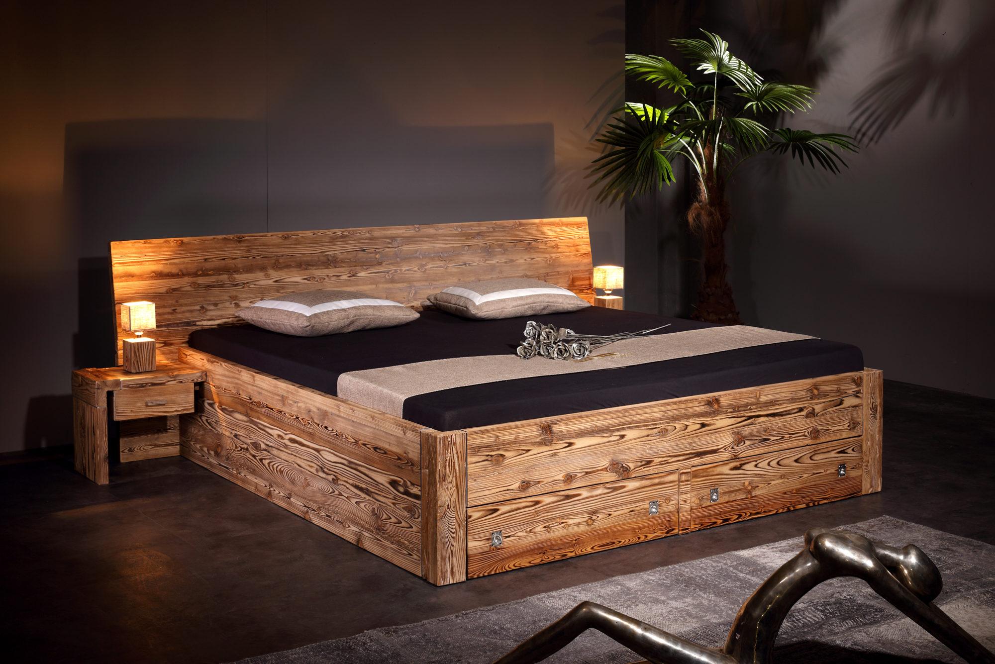 bett alpina tanne altholz gebrannt sprenger m bel. Black Bedroom Furniture Sets. Home Design Ideas