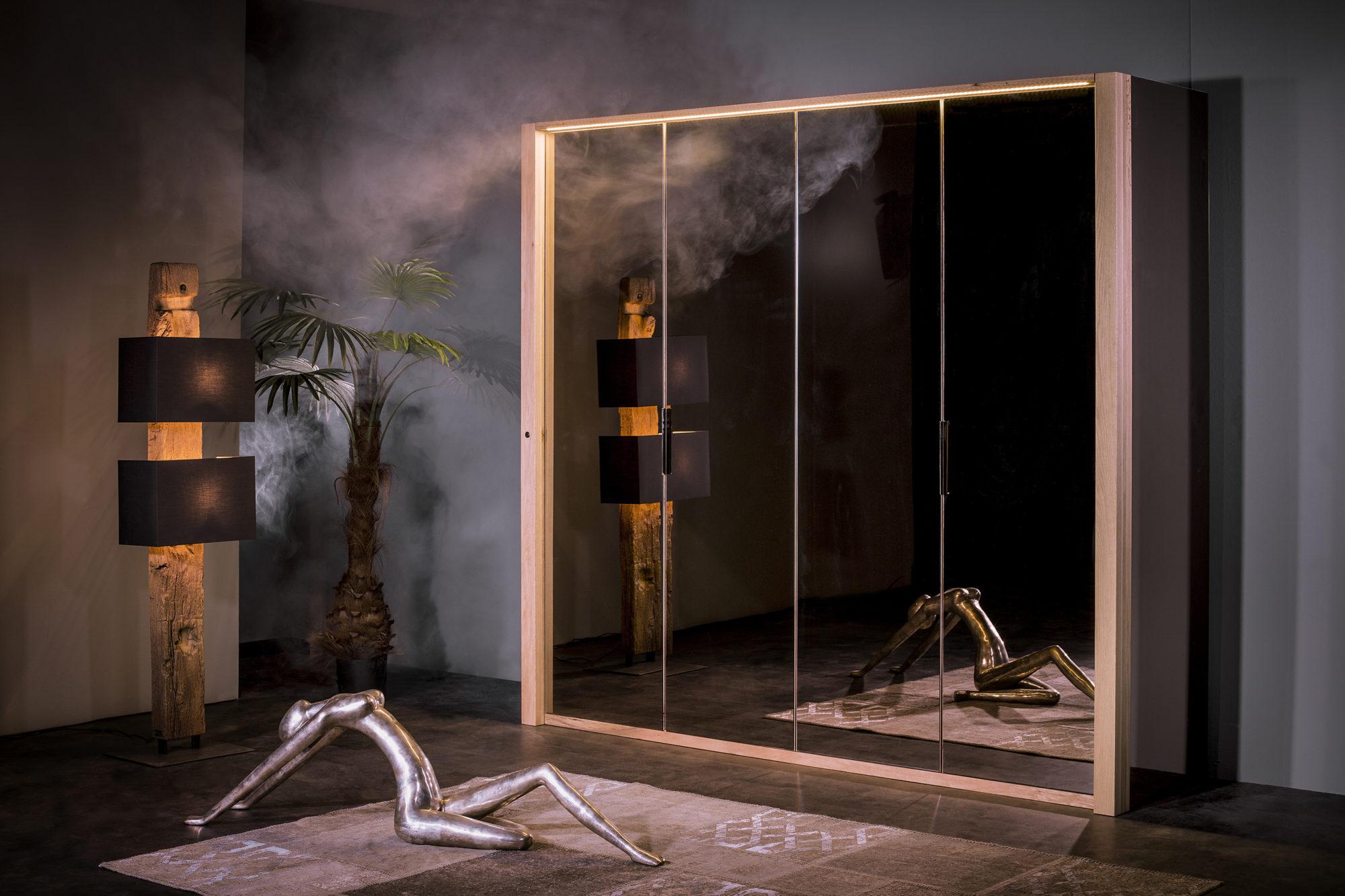 Drehturenschrank 4 Turig Spiegel Bronze Sumpfeiche Sprenger Mobel